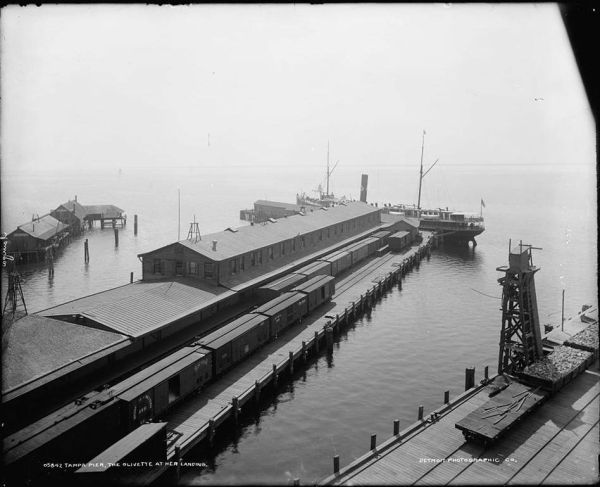 Tampa Pier