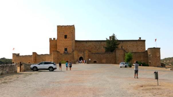 Explanada del Castillo de Pedraza - Destino Castilla y León