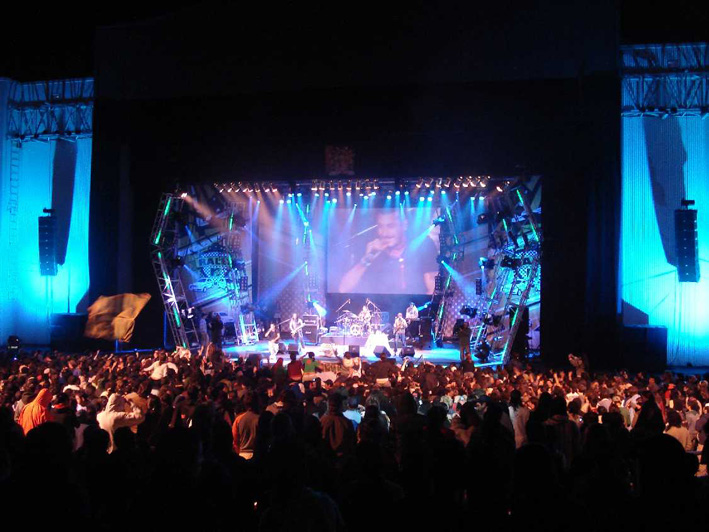 Un espectáculo musical en el Teatro Niní Marshall, parte del complejo Parque de la Costa