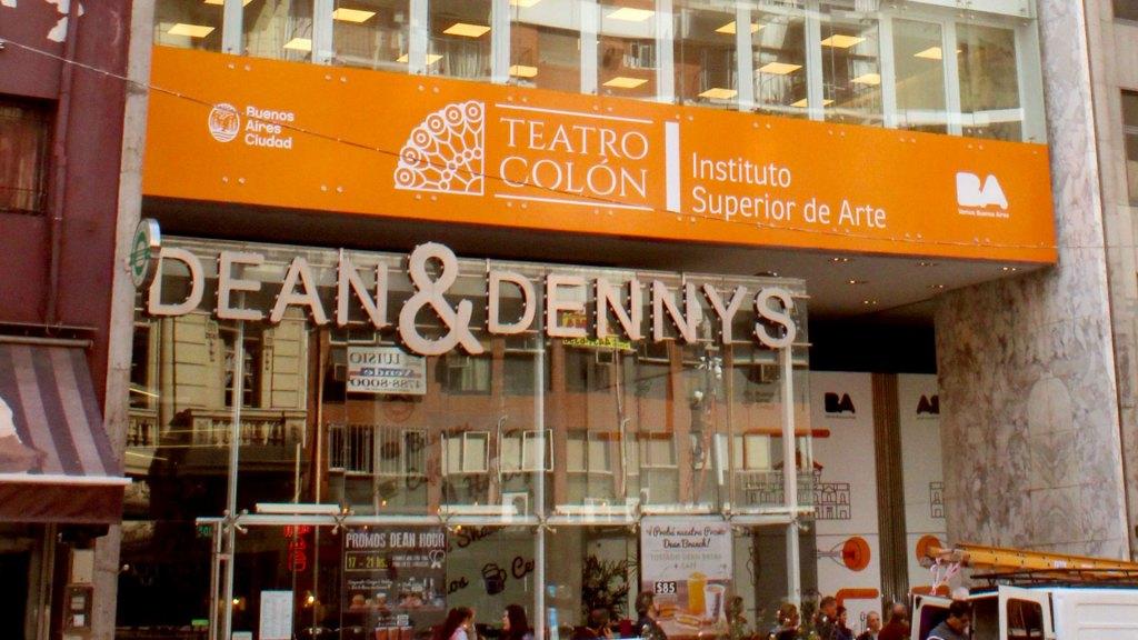 Instituto Superior de Arte del Teatro Colón (ISATC), ubicado en Av. Corrientes, participará en el evento de relanzamiento de la avenida con su Orquesta Académica y muestras artísticas por parte de los estudiantes de sus diversas disciplinas
