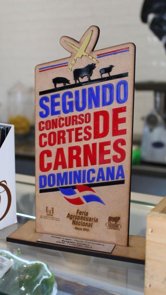 Premio de Carne & Co. en el Segundo Concurso de Cortes de Carnes Dominicano de la Feria Agropecuaria Nacional