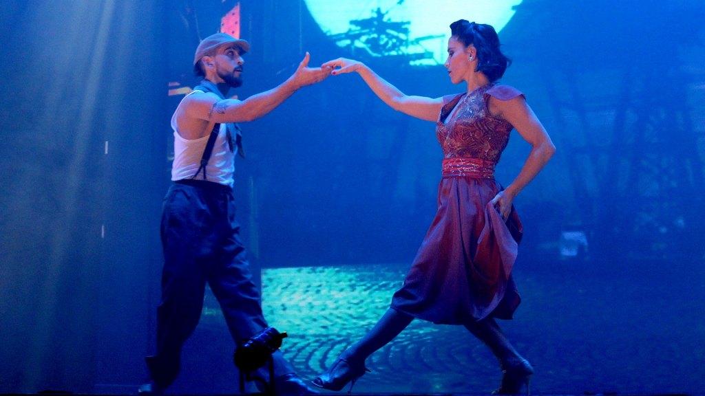 """Baile en pareja bajo la luna llena en """"Magia!"""", el espectáculo de Madero Tango"""
