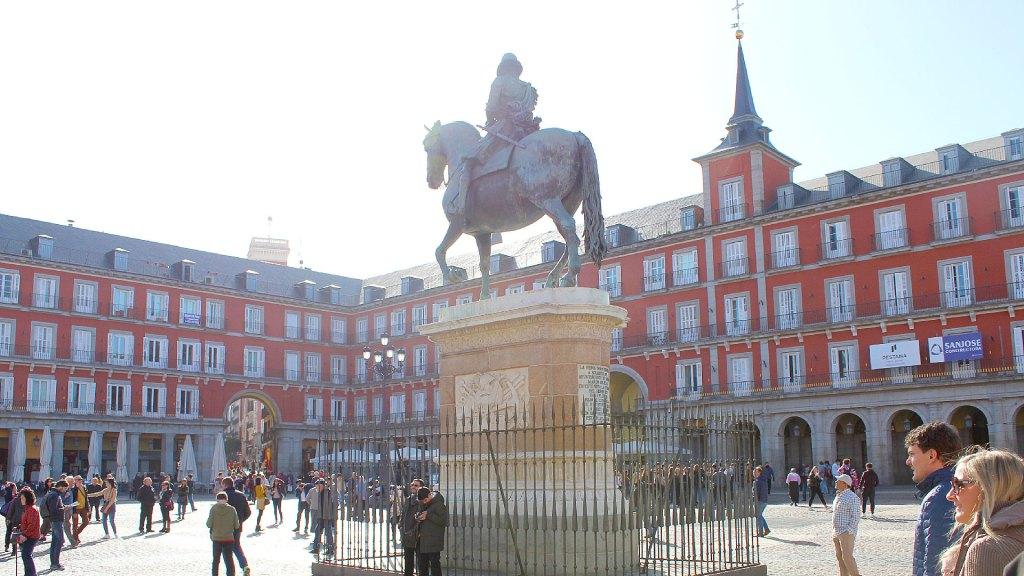 Plaza Mayor en Madrid, España, número 27 entre las ciudades más hermosas