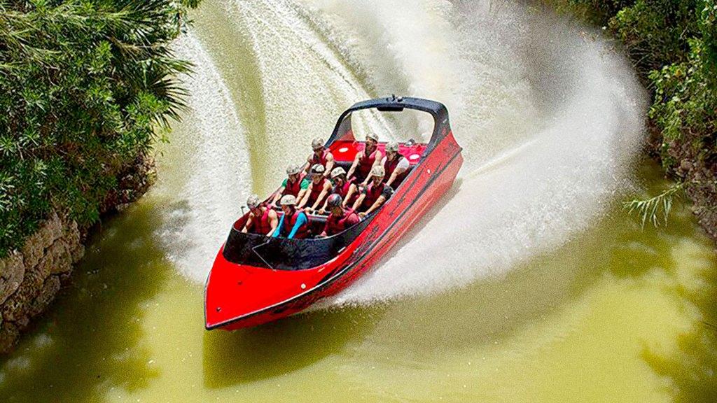 Xavage Jet Boat