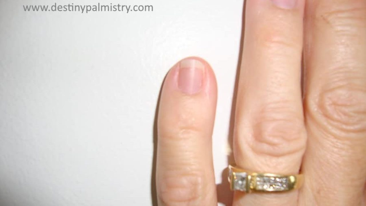 Short Pinkie and Short Finger Meanings - Destiny Palmistry