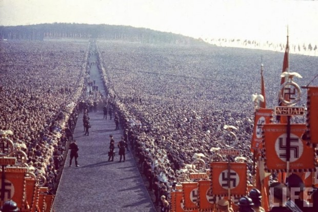 Nazi-rally-at-Nuremberg-in-1937