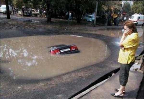 cars-in-bizarre-situations-17