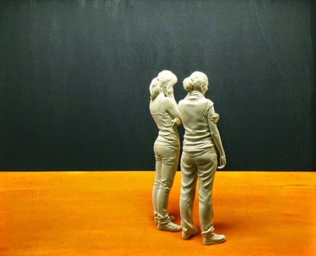 life-like-realistic-wooden-sculptures-peter-demetz-12