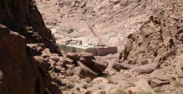 Η Ιερά Μονή της Αγίας Αικατερίνης Σινά στην Αίγυπτο, το μοναστήρι έχει την παλαιότερη διαρκώς λειτουργούσα βιβλιοθήκη στον κόσμο