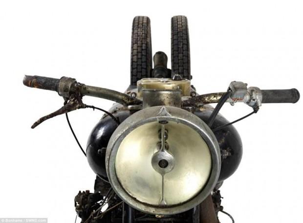 moto03