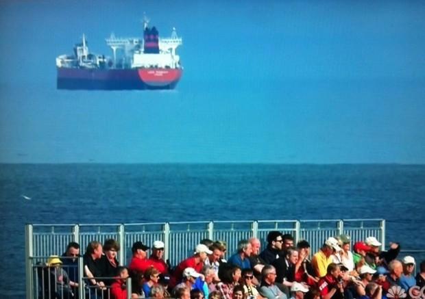 barco-espejismo-1