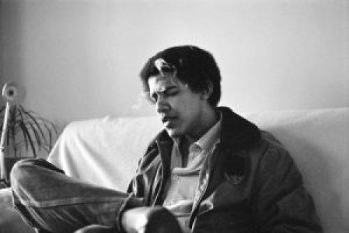Young-Barack-Obama-300x200