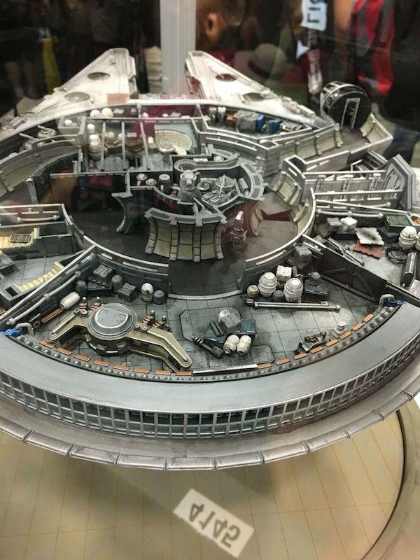 millennium-falcon-qmx-1