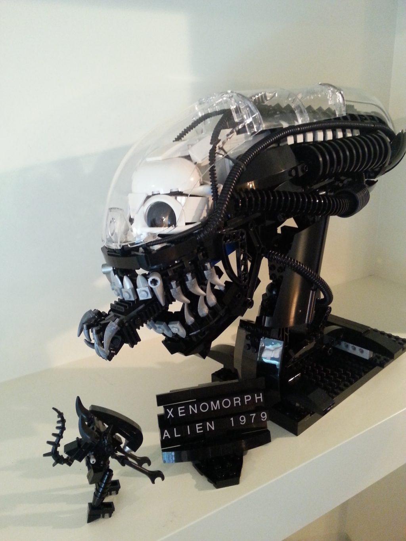 LEGO Xenomorph Bust MOC created by Blair Archer