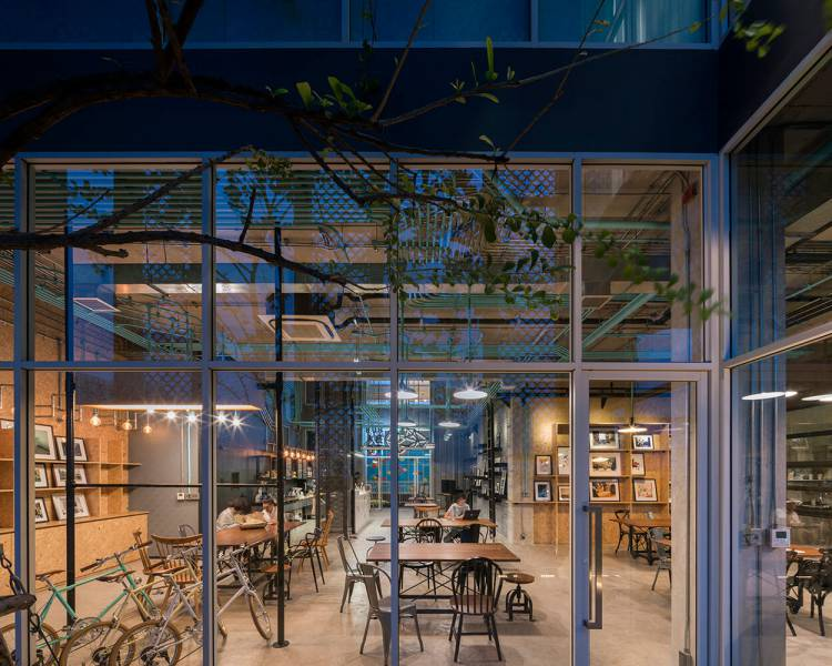 modern-cafe-and-in-thailand-10