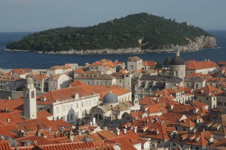 Photo de la ville de Dubrovnik prise des remparts