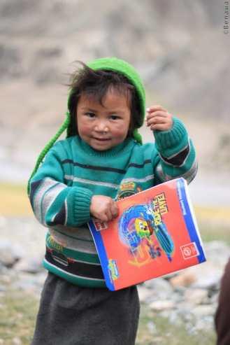 Photo d'un enfant rencontré dans la Vallée du Zanskar en Himalaya