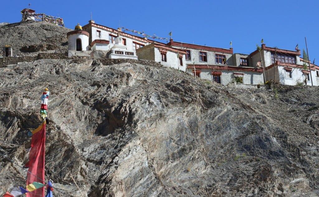 Monastères bouddhistes au Zanskar en Himalaya