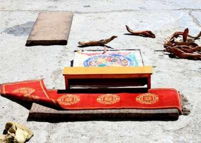 Monastères bouddhistes au Zanskar en Himalaya - Peinture de sable