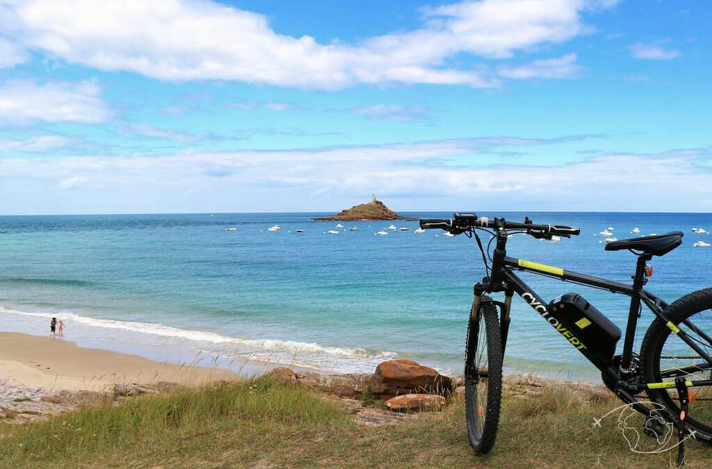 Fréhel et Erquy : découverte des caps en vélo électrique et randonnée