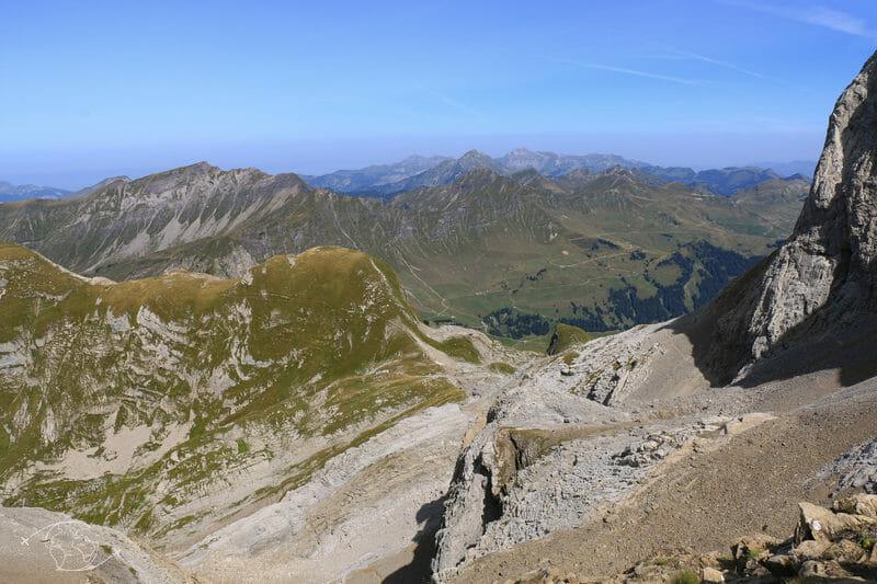 Tour des Dents Blanches - Vue du Pas au Taureau - dir Col de Bostan