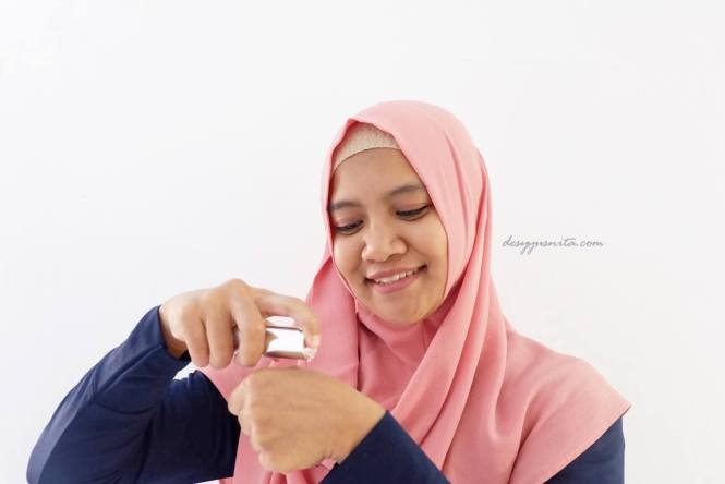 Lacoco eye serum, Lacoco, Natural Skincare, Eye Serum, Review Lacoco, Intensive Treatment Eye Serum, Perawatan Daerah Mata, Natural Skincare, Vitamin A, Vitamin C, Paraben Free