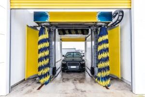risques de nettoyer sa voiture aux rouleaux carwash