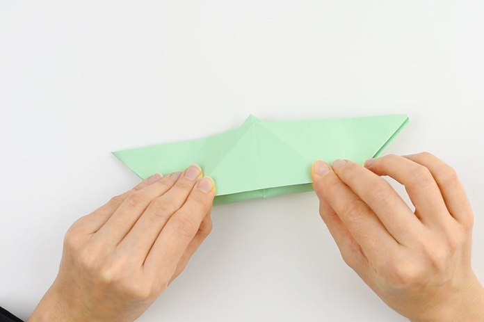 how to make boat of paper