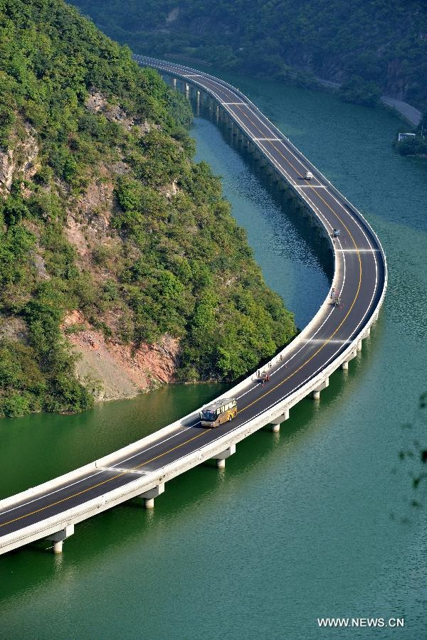 china-overwater-highway-wcth02