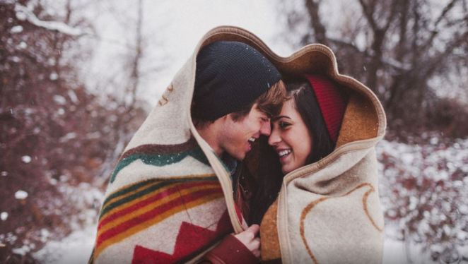 blanket-couple