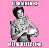 frabz-Id-rather-be-metal-detecting-b58396