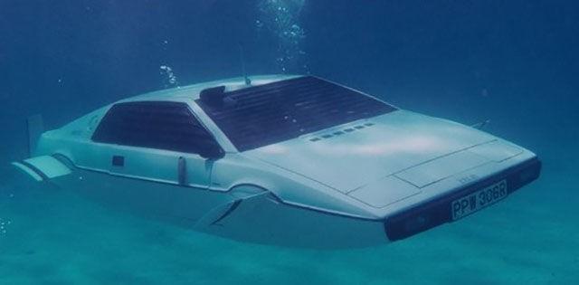 Авто-лодка Lotus Esprite S1