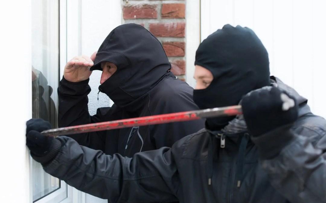 Wie schützen Sie sich vor Einbruch bzw. Einbrechern?