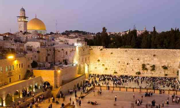 Gorąco wokół Izraela. Cały świat łącznie z papieżem przeciw uznaniu Jerozolimy jako stolicy Izraela przez Trumpa.