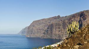 Les falaises de los gigantes de l´île de Ténérife