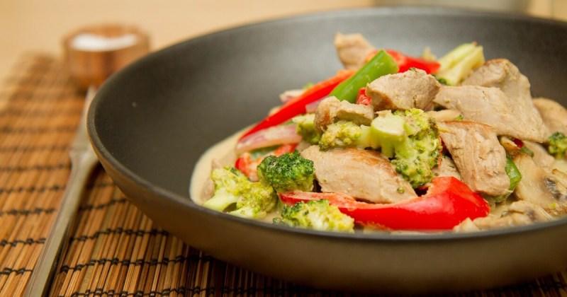Enkel wok med smak av Thailand