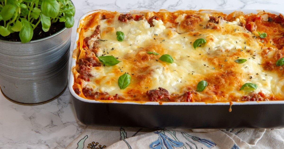 Lasagne med ostesaus av cottage cheese