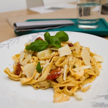 Pasta carbonara med torsk og chorizo