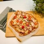 BBQ-pizza med speltbunn