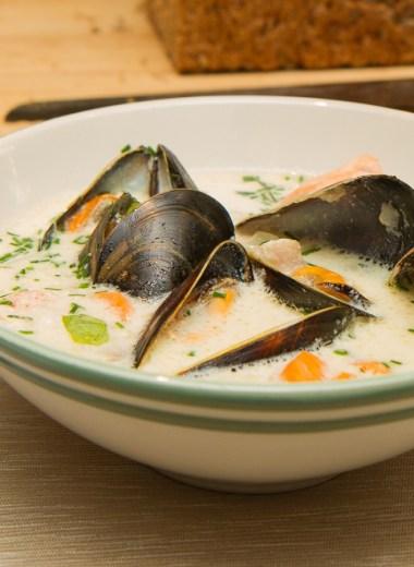 Fiskesuppe med laks og blåskjell