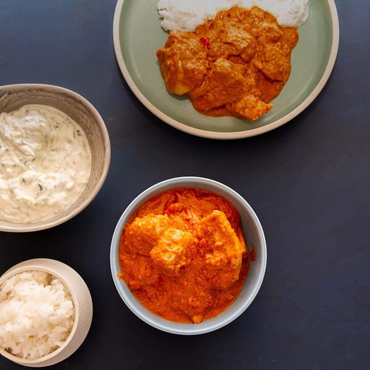 Kylling tikka masala og raita