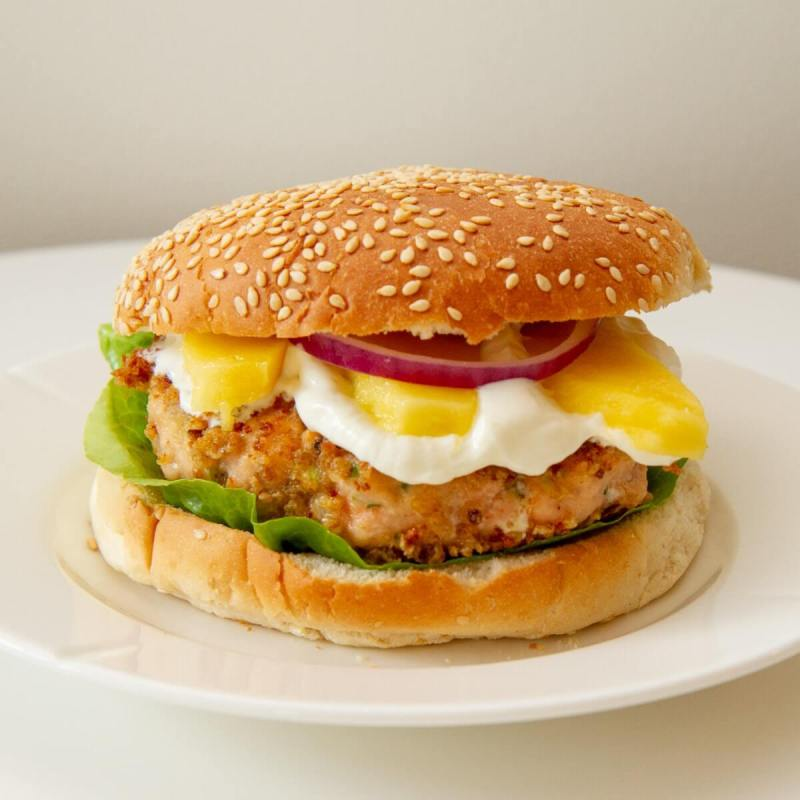 Panerte lakseburgere