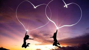Puisi Cinta Terbaik Cinta Adalah Segalanya
