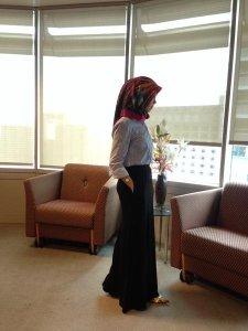 Kumpulan Gaya Jilbab Modern Untuk Bekerja7