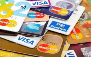 Gaya Belanja Kartu Kredit