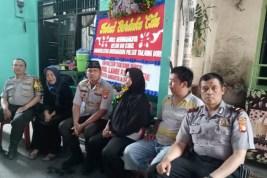 Kapolsek Tanjung Duren Takziah ke Rumah Duka Citra Bhayangkara