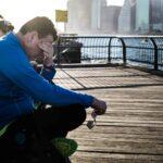 4 cosas que hacer cuando se siente agotado y cansado de la vida