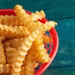 Cómo recalentar papas fritas en la estufa