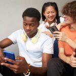 Lo que realmente sabemos sobre cómo las redes sociales afectan la salud mental de los adolescentes