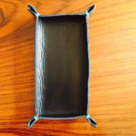 Kernelæderbakke uden indhold til skrivebordet Det Lille Læderi
